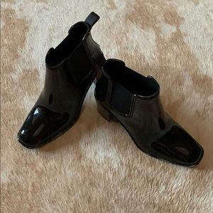 Black shiny rain booties